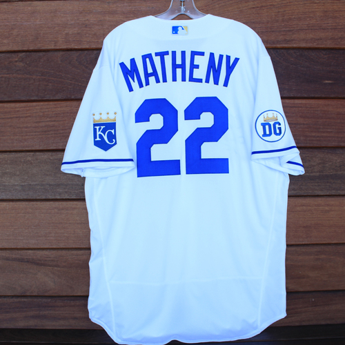 Photo of Game-Used 2020 Los Reales Jersey: Mike Matheny #22 (PIT @ KC 9/12/20) - Size 48