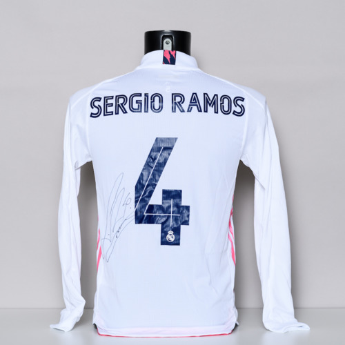 Photo of 20/21 Real Madrid CF Jersey - signed by Sergio Ramos