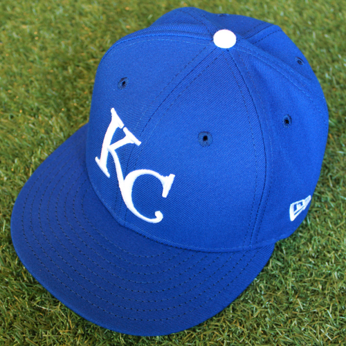 Photo of Game-Used 1969 Throwback Cap: Cal Eldred (Size 7 1/4 - NYY @ KC - 5/19/18)