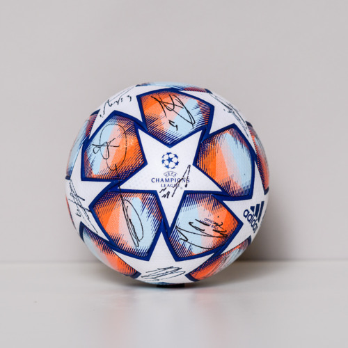 Photo of 20/21 Champions League Ball signed by the Real Madrid CF Team