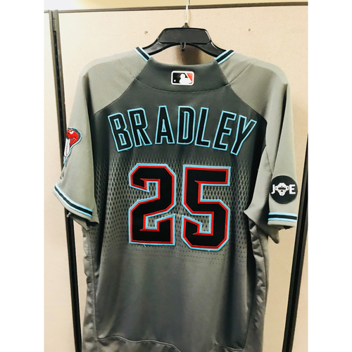 Photo of 2016 Game-Used Archie Bradley Jersey  - Size 46