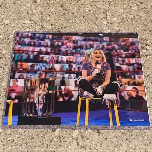 Photo of Alexa Bliss SIGNED 11x14 Metallic Photo (Blue)