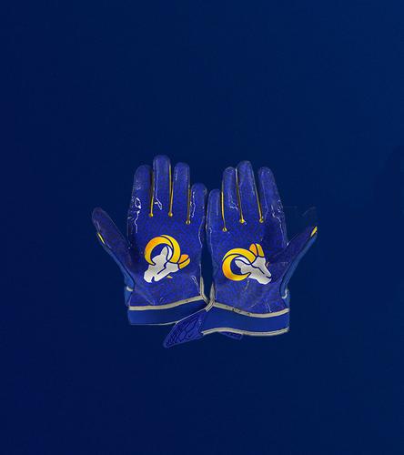 Photo of Micah Kiser Game Used Gloves - (9/27/20 VS. Buffalo Bills)