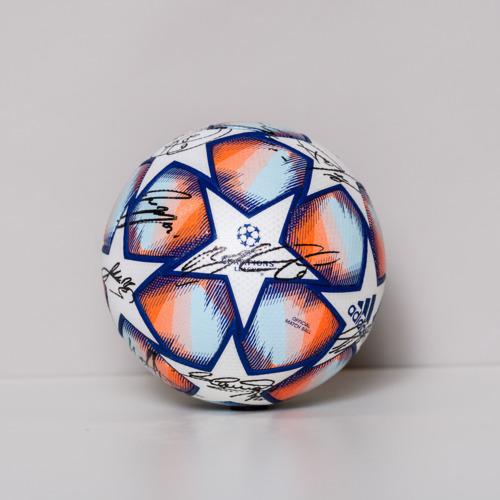 Photo of 20/21 Champions League Ball signed by the Atalanta BC Team