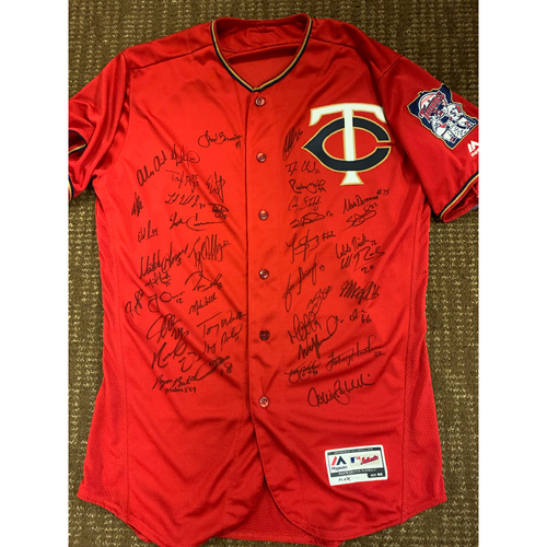 Photo of 2020 Team Signed Jersey