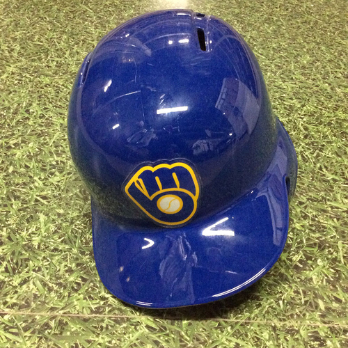 Photo of Hernán Pérez 2016 Royal Ball&Glove Logo Game-Used Batting Helmet