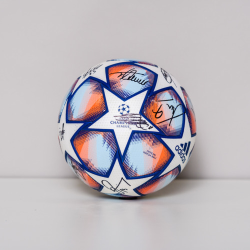 Photo of 20/21 Champions League Ball signed by the Chelsea FC Team
