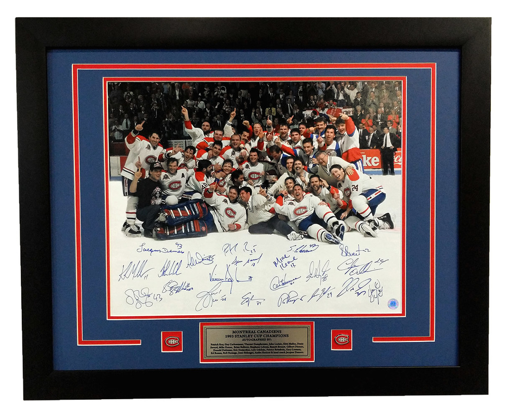 1993 Montreal Canadiens 21 Player Team Signed Stanley Cup Champions 26x32 Frame *Roy, Carbonneau, etc*