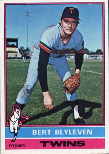 Photo of 1976 Topps #235 Bert Blyleven