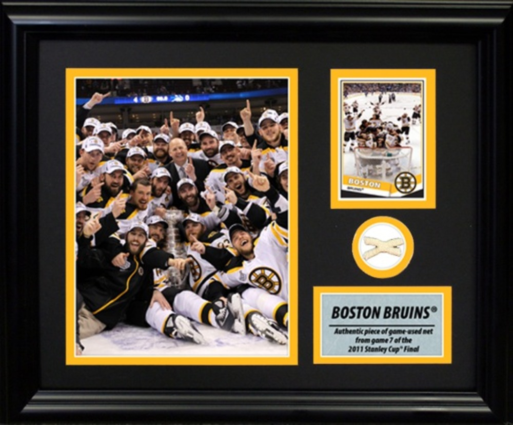 Boston Bruins Photocard with 2011 Stanley Cup Net