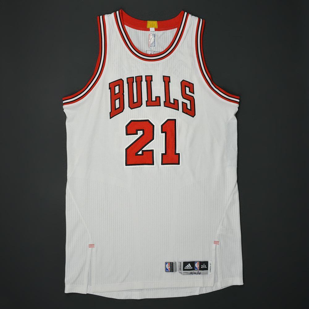 superior quality 1347d 8b345 Jimmy Butler - Chicago Bulls - Game-Worn Regular Season ...