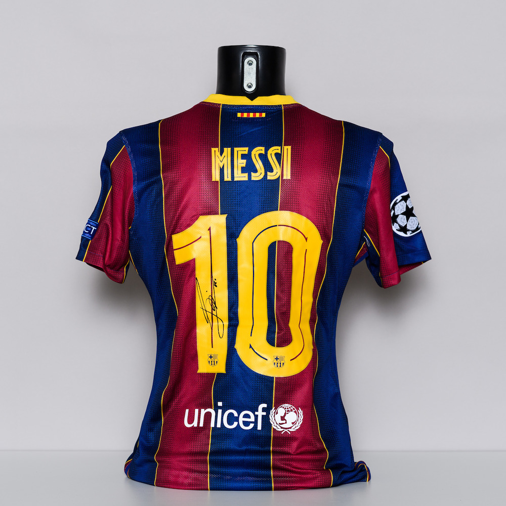 20/21 FC Barcelona Jersey - signed by Lionel Messi