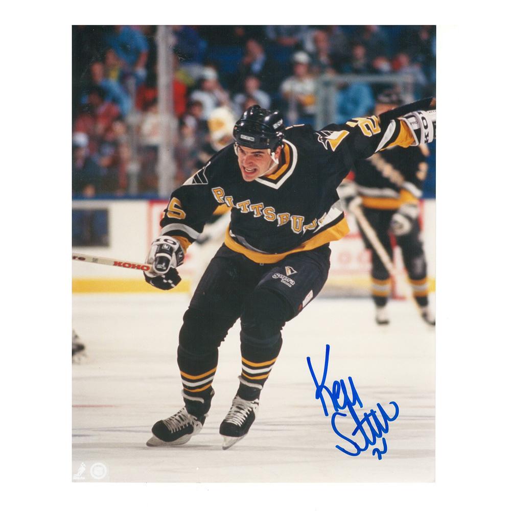 KEVIN STEVENS Signed Pittsburgh Penguins 8 X 10 Photo - 70267