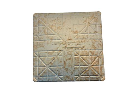 Photo of Game-Used 3rd Base from Pirates vs. Cubs on 4/21/15 - Addison Russell MLB Debut