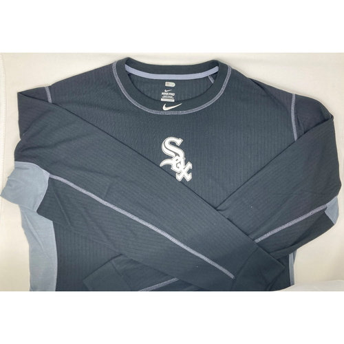 Photo of White Sox Black Clubhouse Thermalite Top - Long Sleeved - Authenticated by MLB - Choose Your Size!