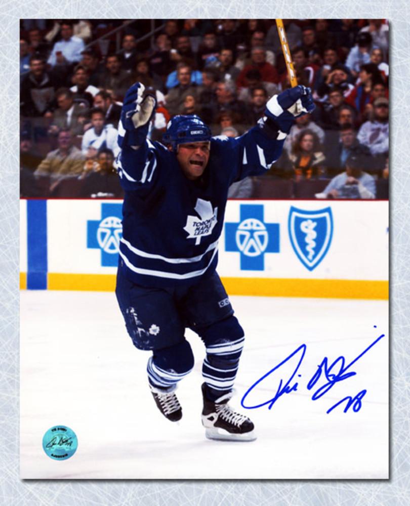 TIE DOMI Toronto Maple Leafs SIGNED 8x10 Photo Victory Celebration Photo