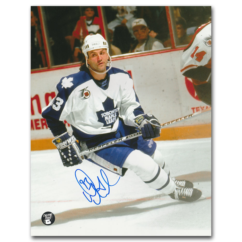Doug Gilmour Autographed Toronto Maple Leafs 8X10 photo