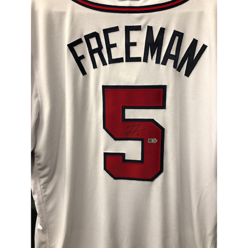 Photo of Freddie Freeman Autographed Jersey