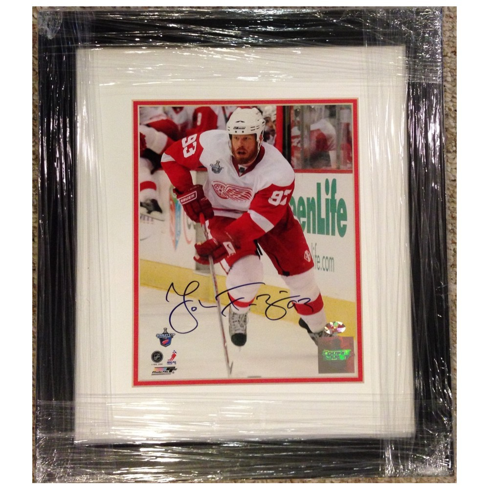 Johan Franzen Autographed Detroit Red Wings 8x10 Photo- Custom Framed