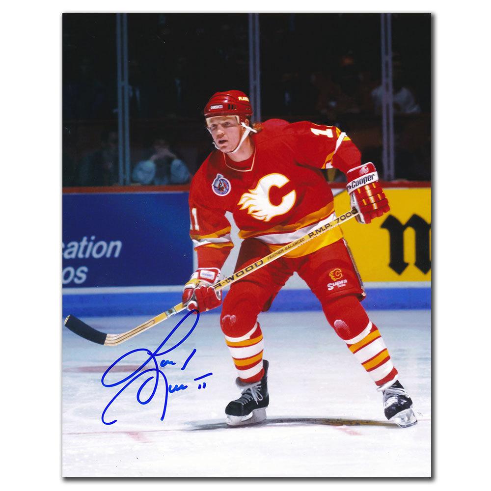 Gary Leeman Calgary Flames ACTION Autographed 8x10