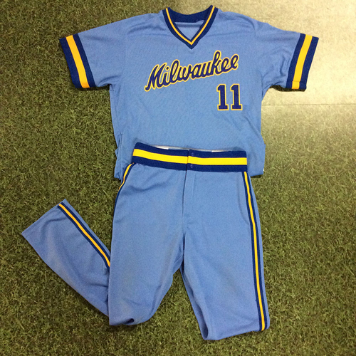 Photo of Darnell Coles 1983 Throwback Uniform (Team-Issued Jersey & Game-Used Pants)