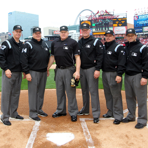 Photo of UMPS CARE AUCTION: Lunch with an Ump and Mets Tickets for 2 in New York