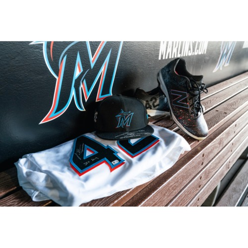 Photo of Curtis Granderson 2019 Team Issued Jackie Robinson Autographed Jersey & Autographed Cap - Jackie Robinson Customized Game Used Cleats - Player Meet & Greet - Four (4) Game Tickets