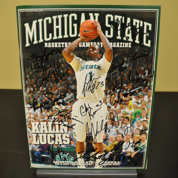 Photo of Team Autographed Program // No. 6 Purdue Wins at Michigan State // Feb. 9, 2010