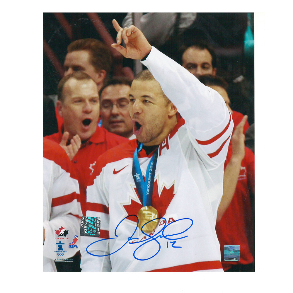 JAROME IGINLA Signed 2010 Olympic Gold Medal 8 X 10 Photo -70437