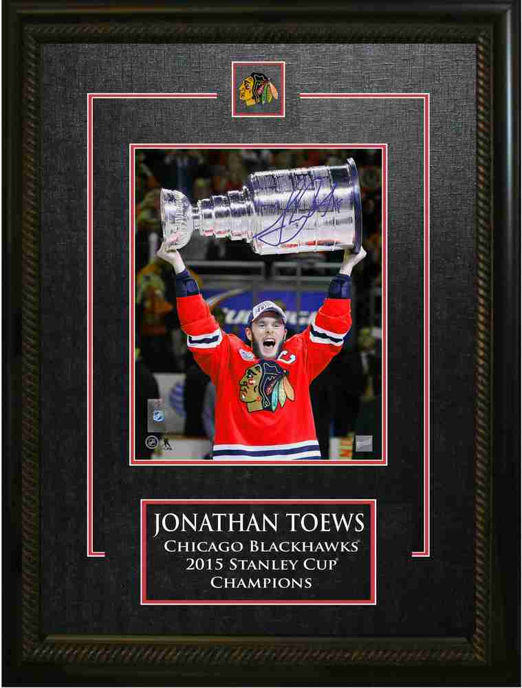 Jonathan Toews - Signed & Framed 8x10 Etched Mat - Chicago Blackhawks 2015 Raising the Cup