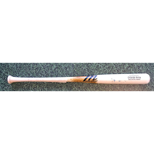 Photo of Orlando Arcia 08/15/20 Game-Used Cracked Bat
