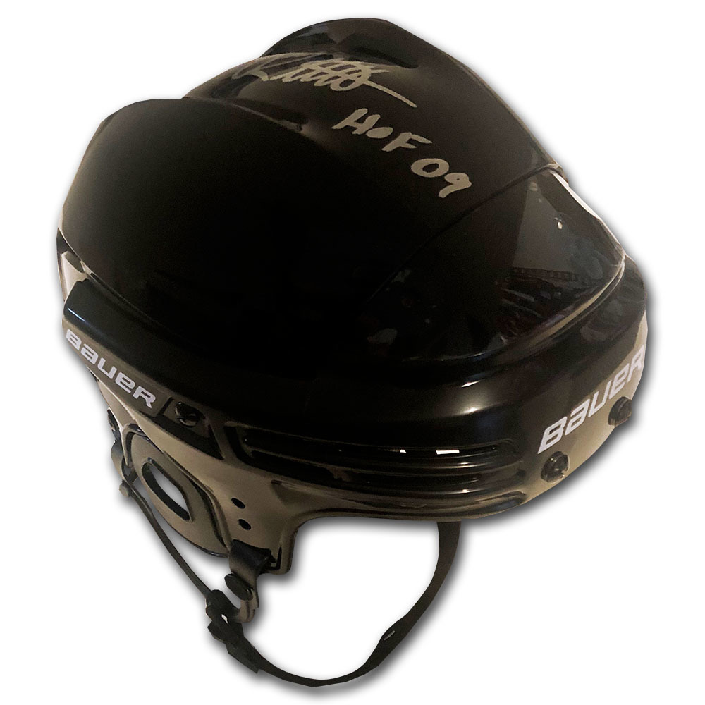 Luc Robitaille Autographed Bauer Hockey Helmet w/HOF 09 Inscription