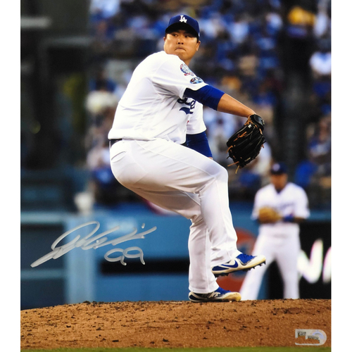 Photo of Hyun-Jin Ryu Authentic Autographed Photograph
