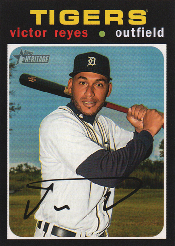 Photo of 2020 Topps Heritage #192 Victor Reyes