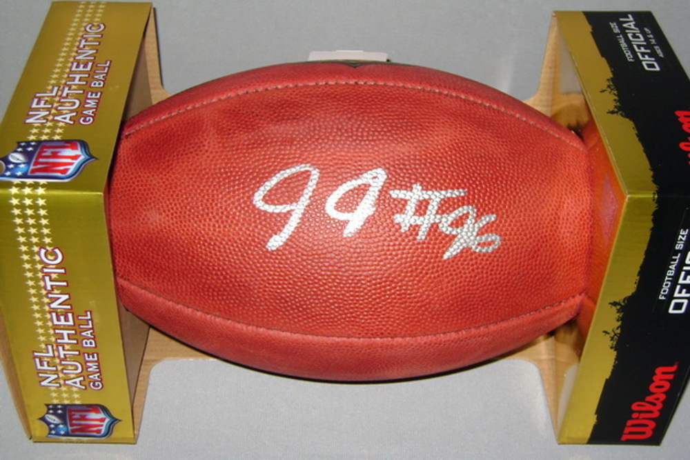 NFL - BENGALS CARLOS DUNLAP SIGNED AUTHENTIC FOOTBALL