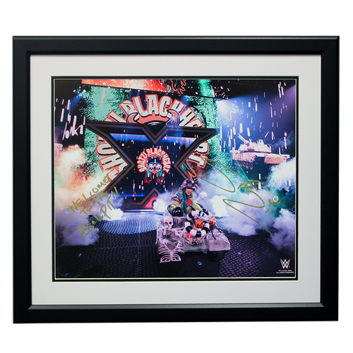 """Photo of Shotzi Blackheart SIGNED 16"""" x 20"""" Framed Photo"""