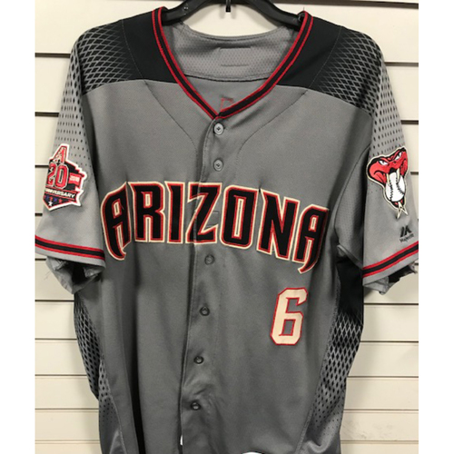 Photo of National League Silver Slugger Award Recipient David Peralta 2018 Team-Issued Road Gray Jersey (Jersey Features Arizona Diamondbacks 20th Anniversary Sleeve Patch)