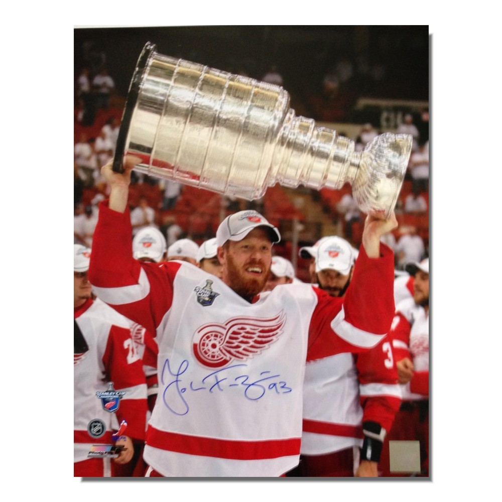 Johan Franzen Autographed Detroit Red Wings 16x20 Photo