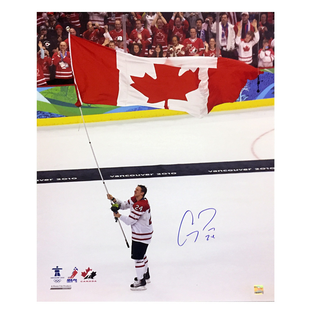 COREY PERRY Signed Team Canada 16 X 20 Photo - 79078