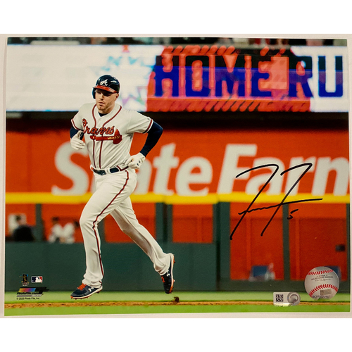 Photo of Freddie Freeman Autographed Photo Running