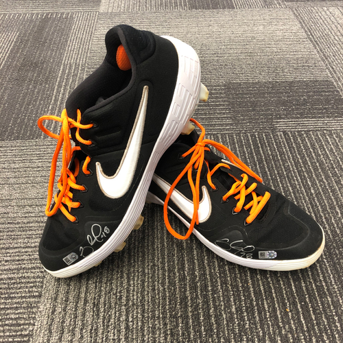 Photo of 2019 Autographed Player Collected Cleats - #48 Pablo Sandoval - Size 11