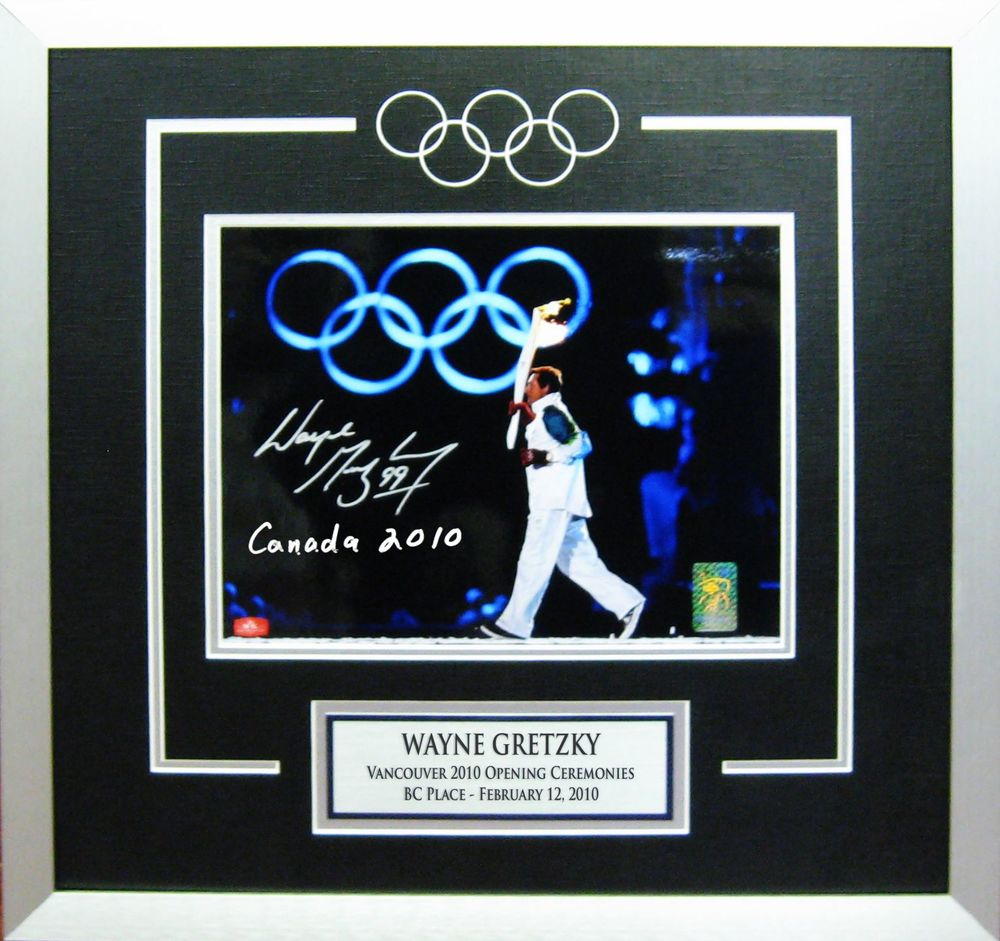 Wayne Gretzky Signed 11x14 Framed 2010 Olympics Rings Inscribed