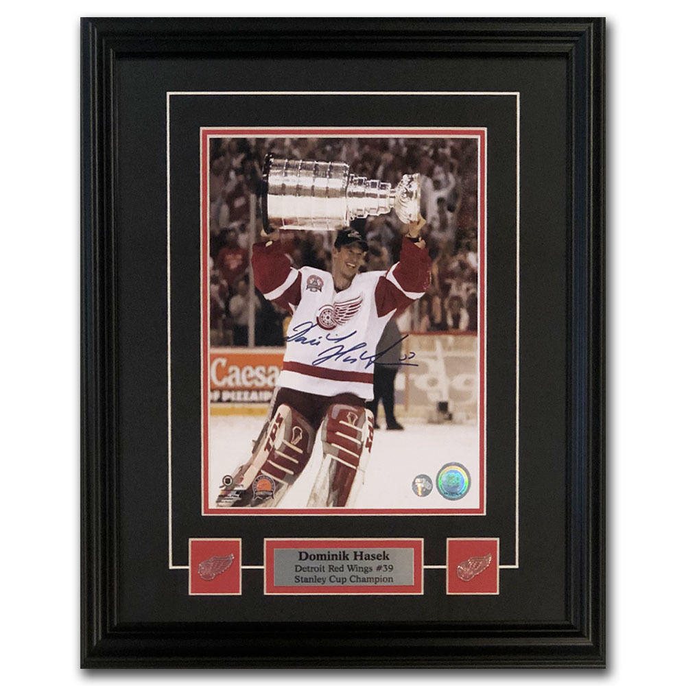 Dominik Hasek Autographed Detroit Red Wings Framed 8X10 Photo