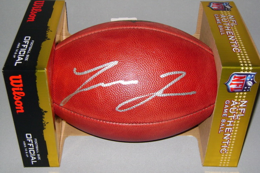 NFL -BUCCANEERS LEONARD FOURNETTE SIGNED AUTHENTIC FOOTBALL