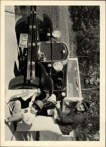 Photo of 1985 Topps Rose #6 Pete Rose/polishing old roadster