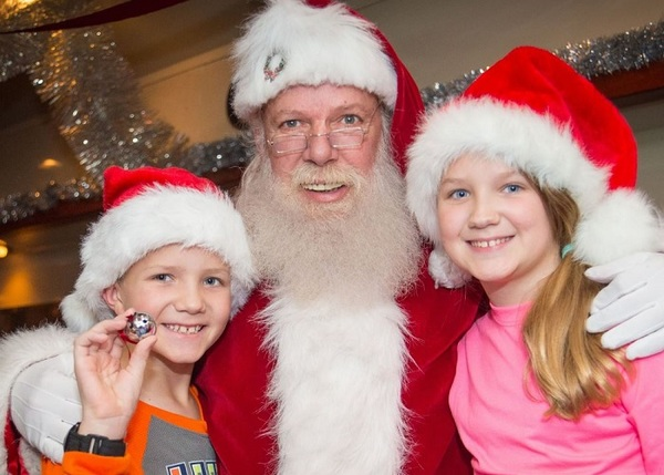 Click to view St. Louis Polar Express Magical Holiday Experience.