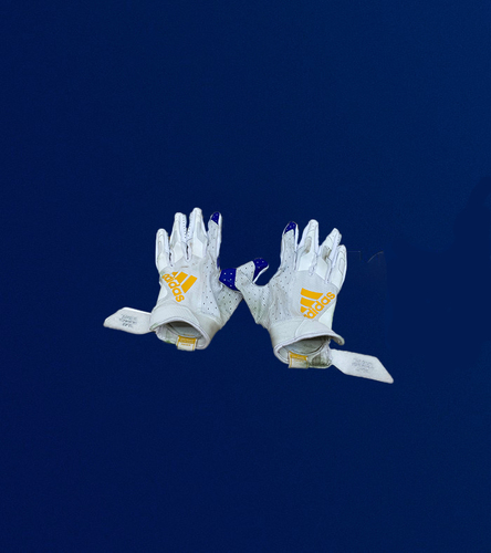 Photo of Jalen Ramsey Game Used Gloves - (11/23/2020 VS. Tampa Bay Buccaneers)