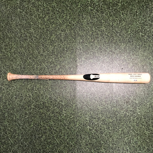 Photo of Willy Adames 05/27/21 Game-Used Cracked Bat - Broken Hitting RBI Single