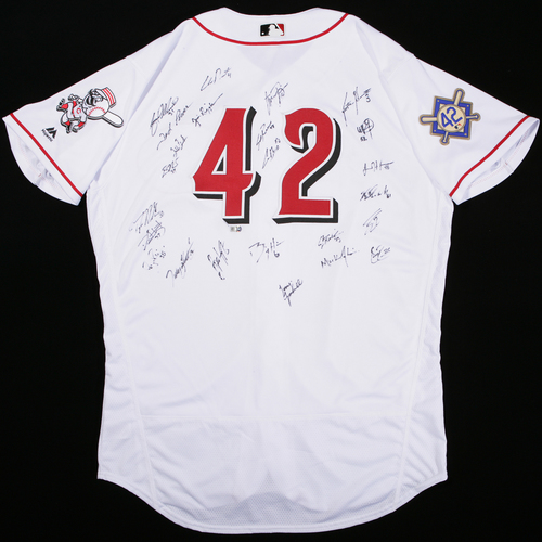 Photo of 2018 Jackie Robinson Day Jersey - Cincinnati Reds Team Autographed Jersey