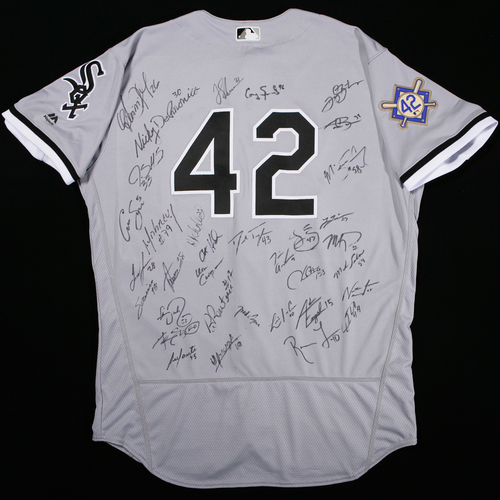 Photo of 2018 Jackie Robinson Day Jersey - Chicago White Sox Team Autographed Jersey
